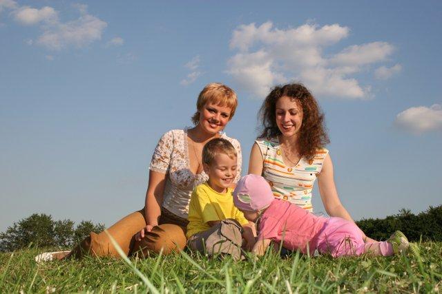 Adasys - Cuidado de niños - Adasys La Ayuda Profesional